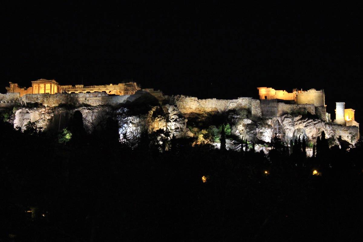 acropole athènes nuit