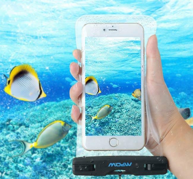 cadeau voyageur housse étanche smartphone