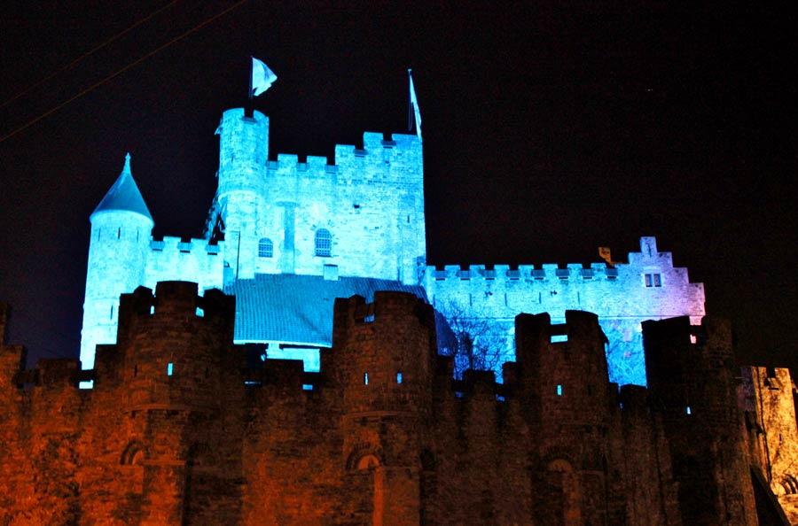chateau gant immuniné bleu