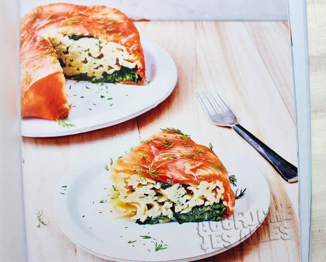 Gâteau de pâtes saumon fumé épinard