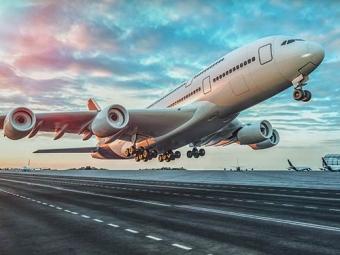 Avion en retard ou annulé, quels sont vos droits ?